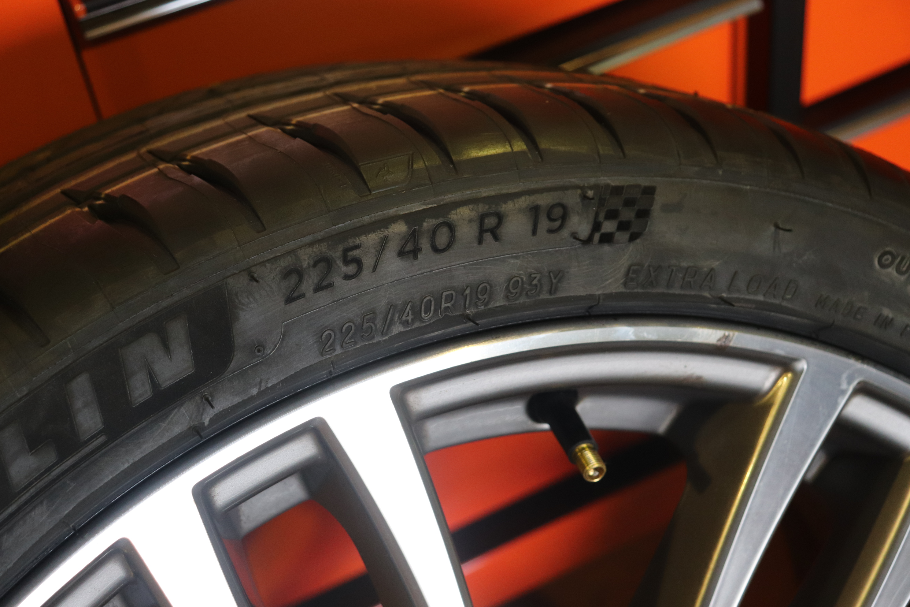 BMW F31 320d タイヤ新調!